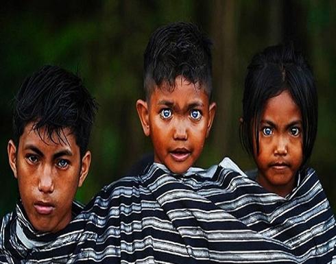طفرة جينية نادرة تُكسب أبناء قبيلة عيون زرقاء رائعة (صور)