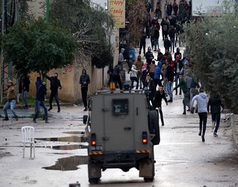 شاهد : الاحتلال يعتقل سيدة وابنتها خلال اقتحام بلدة يعبد