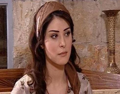 نجمة باب الحارة حميدة بفستان احمر يبرز انوثتها .. شاهد