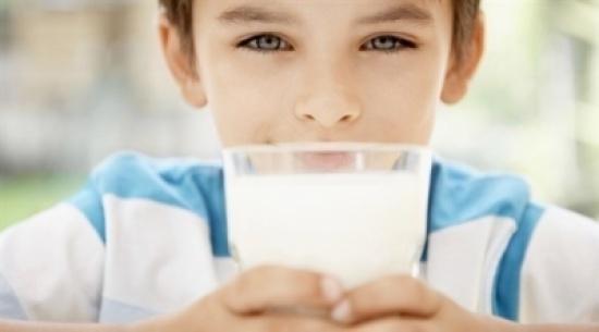 الألبان ليست أفضل أنواع البروتين للطفل