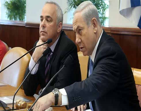 """""""الإصبع على الزناد""""... وزير إسرائيلي يدعو إلى الاستعداد لإيران وتفكيك مشروعها"""