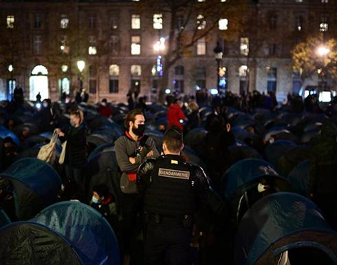 الشرطة الفرنسية تفكك مخيما للمهاجرين وسط باريس .. شاهد