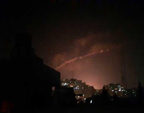 شاهد :طيران الاحتلال يقصف محافظة القنيطرة في سوريا