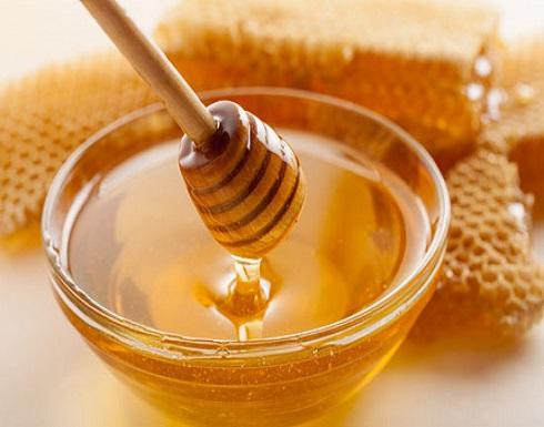 علماء: العسل يتفوق على المضادات الحيوية في علاج هذه الأمراض