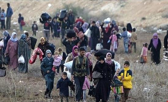 الأردن : السماح بعبور 800 سوري لتوطينهم بدول غربية