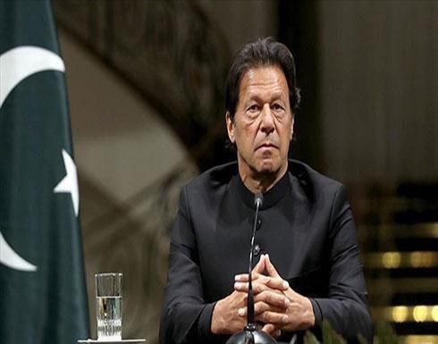 """عمران خان يحذر من هجمات هندية على """"آزاد كشمير"""" ويتوعد بالردّ"""