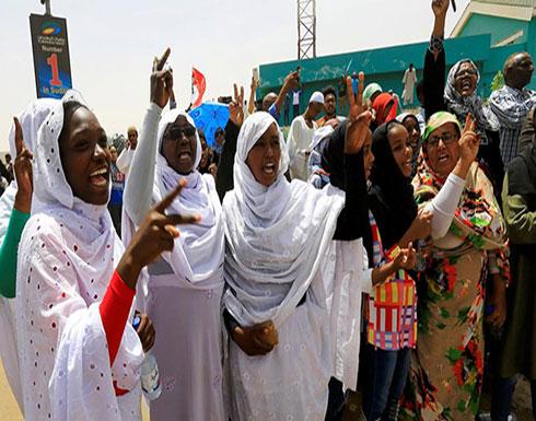 موقفان دفعا السودانيات للمشاركة بقوة في إسقاط البشير