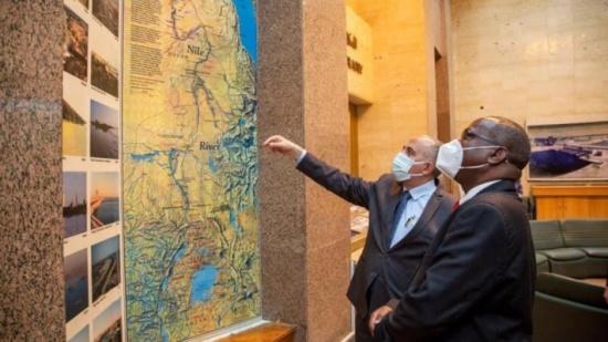 مصر تعتزم إقامة سدود لحصاد الأمطار بدول حوض النيل
