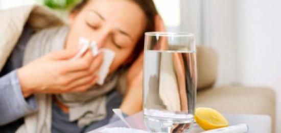 10 وصفات سحرية لعلاج نزلات البرد والسعال