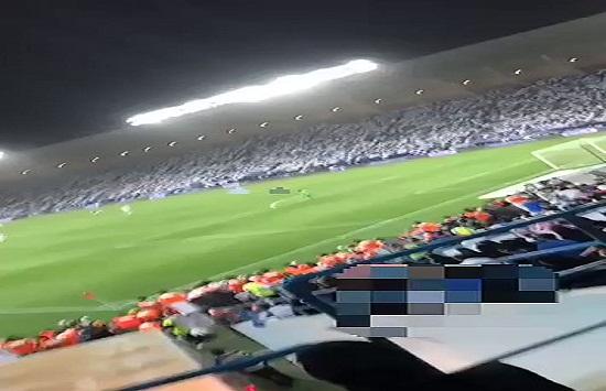 بالفيديو: سخرية من فتاة سعودية لشرحها أجواء مباراة الهلال والفتح