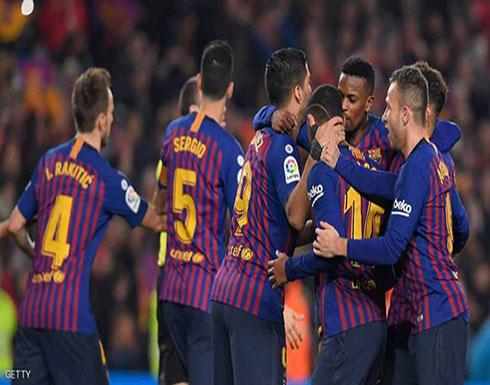 ضربة قوية لوسط برشلونة في أسبوع حاسم