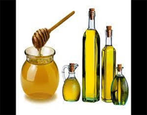 وصفات طبيعية للشعر الجاف.. من قناع العسل للخل وزيت الزيتون