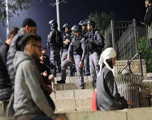شاهد : مقدسيون يتحدون الاحتلال وهتافات بساحة باب العامود