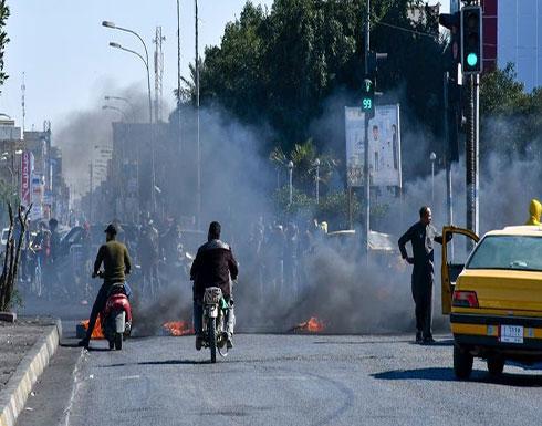 شاهد : بعد نزول أنصار الصدر.. 5 قتلى في احتجاجات العراق