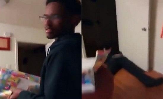 بالفيديو.. رجل يفقد الوعي بعد خبر حمل زوجته