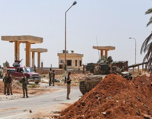 قوات النظام تقتل مدنيين بمدينة الصنمين في درعا وتحاول اقتحامها