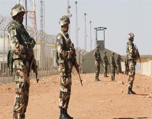 تفجير انتحاري قرب ثكنة جزائرية على الحدود مع مالي