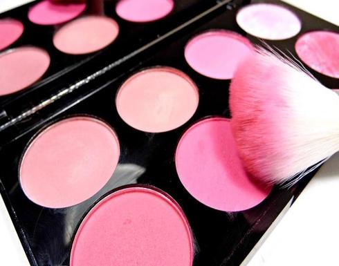بالصور: كيف تختارين البلاش بحسب لون بشرتك