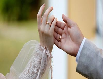 مصر.. القبض على رجل عرض صور زوجته لاستدراج راغبي الزواج