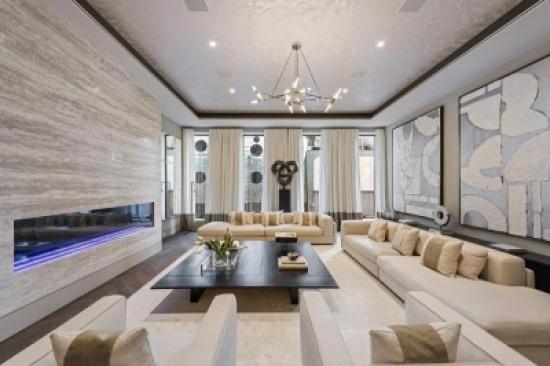 """بالصور: قصر في """"مانهاتن"""" للبيع مقابل 29.5 مليون دولار ومعه سيارة """"بنتلي"""" مجانية"""