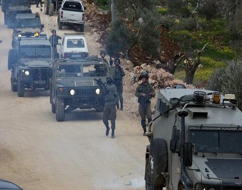 شاهد : حملة اعتقالات بالضفة ومواجهات مع الاحتلال بالقدس