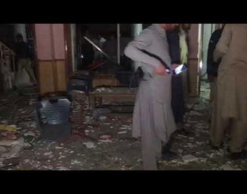 بالفيديو : قتيل و10 مصابين جراء تفجير مزدوج جنوب غرب باكستان