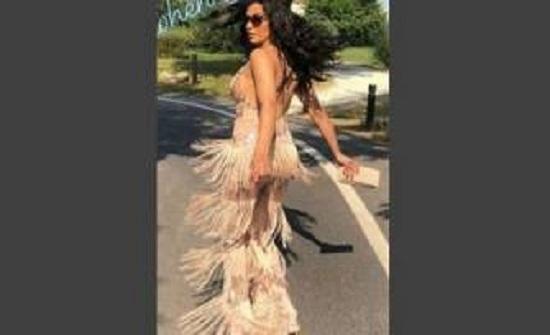بالفيديو: نادين الراسي بثوب شفاف وتتصرّف بطريقة غريبة