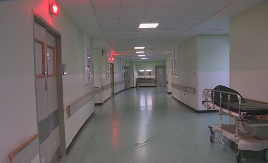 مصدر : الاردن لديه منظومة صحية قوية ولم نصل لمرحلة تحويل المدارس الى مستشفيات