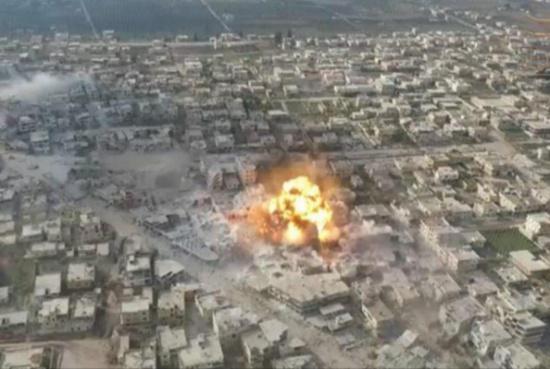 المعارضة تفجر مبنى لقوات النظام بدرعا