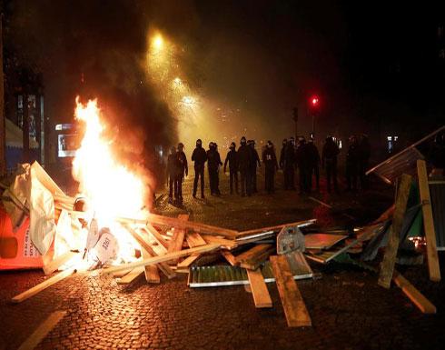 """ماكرون عن احتجاجات باريس.. """"لا مجال لهذا العنف"""""""