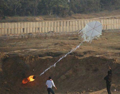 """10 حرائق في """"غلاف غزة"""" بفعل بالونات حارقة"""