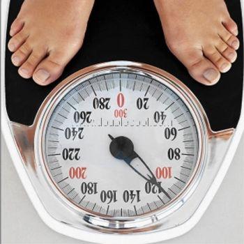 أخطاء مسؤولة عن ارتفاع وزنك على الميزان