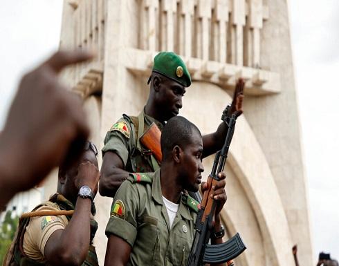 """مالي.. الجيش يعلن الإفراج عن الرئيس ورئيس الوزراء """"تدريجيا"""""""