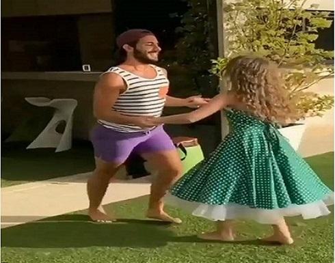 وصلة رقص لابنة نانسي عجرم مع شاب تشعل مواقع التواصل .. شاهد