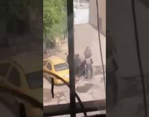 شاهد : الجيش العراقي  يقتحم البيوت وينكل بالاهالي