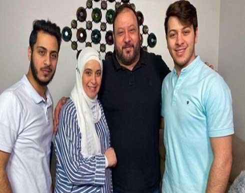 المعتصم بالله مقداد بصورة من زمن البراءة مع شقيقه الوليد .. شاهد