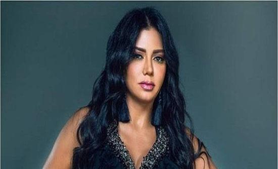 رانيا يوسف تشرح سبب قبولها لدور جريء