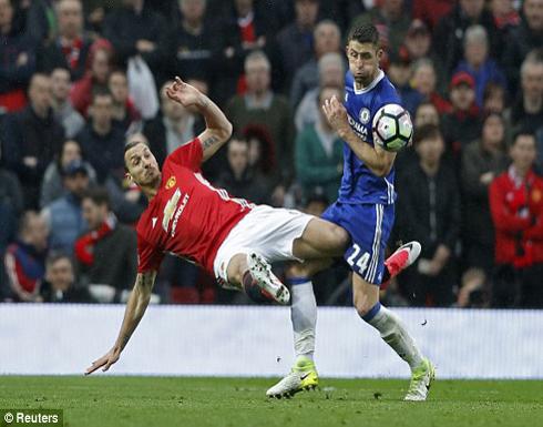 بالصور: مانشستر يونايتد يشعل الدوري.. ومورينيو يرد الصفعة لكونتي