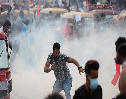 البصرة العراقية.. 100 مصاب خلال 24 ساعة جراء قنابل الغاز