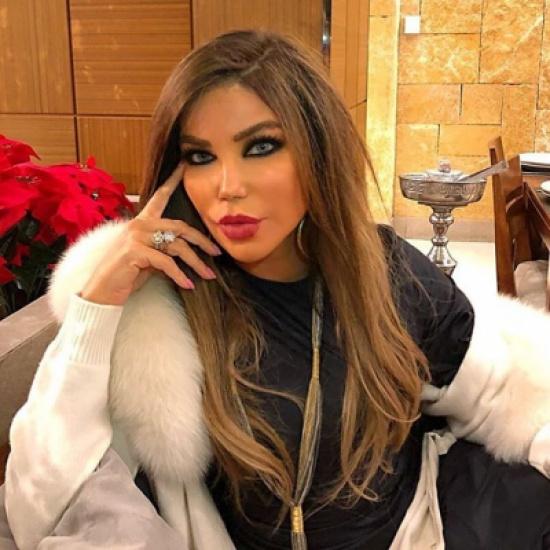 بالصور- مي حريري في أول تعليق لها بعد حادثة إحتراق شعرها.. ماذا قالت !!