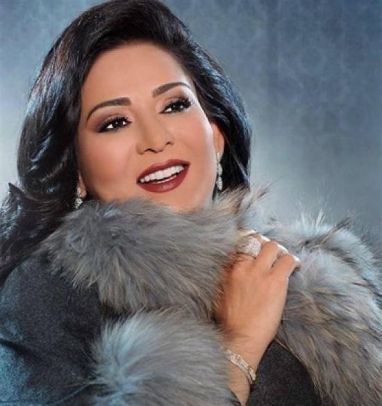 بالفيديو: هذا ما فعلته نوال الكويتية بعد انضمامها إلى The Voice