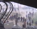 شاهد..  القوات الإسرائيلية تفجر منزل عائلة أسير فلسطيني