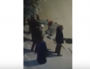 شاهد .. شرطي مصري يقتل اثنين من الاقباط