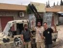 سيطر عناصر بالجيش الليبي على سيارتين مسلحتين تابعتين لقوات حفتر