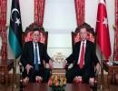 الرئيس التركي، رجب طيب أردوغان، ورئيس المجلس الرئاسي الليبي، فايز السراج (أنقرة، 27 نوفمبر)