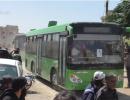 فيديو   وصول 350 شخص من حي الوعر إلى الدار الكبيرة بريف حمص الشمالي