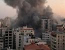 شاهد : لحظة سقوط برج هنادي وتدميره بالكامل وسط مدينة غزة من قبل الاحتلال