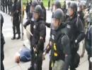 الشرطة الأمريكية تعتدى على مسن