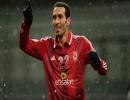 لاعب المنتخب المصري السابق لكرة القدم، محمد أبو تريكة