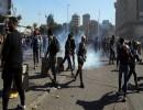 اشتباكات بين متظاهرين والشرطة في بغداد